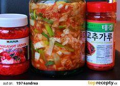 Korejské kimči ( kvašená národní zdravá pochoutka) recept - TopRecepty.cz Pepper Powder, Red Peppers, Kimchi, Pickles, Cucumber, Salsa, Stuffed Peppers, Ethnic Recipes, Food