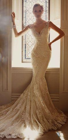 くびれが命♡体にフィットしたラインが美しいマーメイドドレスにうっとり♡にて紹介している画像