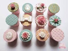 - Vintage inspired cupcakes