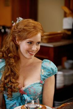 Amy Adams - I couldn't find a pic in the right True Spring turquoise. This is closer to Light Spring but still nice on Amy. Enchanted Movie, Giselle Enchanted, Disney Enchanted, Emily Deschanel, Amy Adams Encantada, Robes Country, I Love Cinema, Actress Amy Adams, Actrices Hollywood