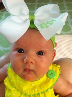 ♡♥♡♥ OMG I AM IN LOVE. (Lori h) monogrammed baby bow