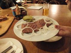 Tartar steak on bread