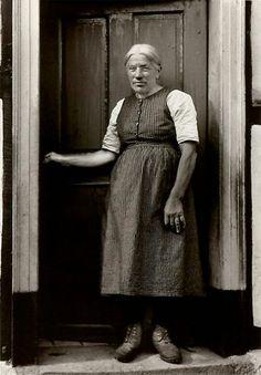 August Sander - Farmer's Wife, c. 1932