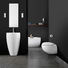 Alessi One Hængeskål med wondergliss incl sæde - Bathroom Basin, Bathroom Sets, Small Bathroom, Design Bathroom, Baths Interior, Sink Countertop, Toilet Design, Alessi, Decoration