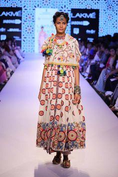 Vrisa by Rahul & Shikha Lakme Fashion Week #Mumbai