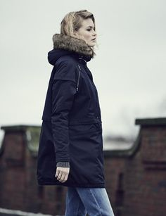 PARKA LONDON | AW14 | Nova | Women's Faux Fur Navy Zip Shoulder Parka