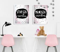 pokój sióstr, siostry, różowy pokój, dziewczynki, pokój dziewczynek, córeczki, różowe krzesła, młodsza siostra, starsza siostra, girlanda z gwiazdek, stars garland, sisters' room, pokój dziecięcy