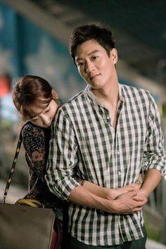 Kim Rae won and Park shin hye in Doctors 2016 Korean Couple, Best Couple, Asian Actors, Korean Actors, Korean Dramas, Doctors Korean Drama, Dr Park, Kyun Sang, Kim Rae Won