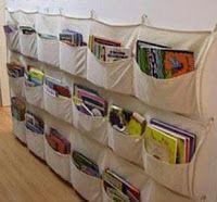 Organização de livros-1_sapateira de tecido