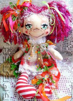 Сказочные персонажи ручной работы. Ярмарка Мастеров - ручная работа Текстильная  кукла Варварушка -  феечка волшебного веничка. Handmade.