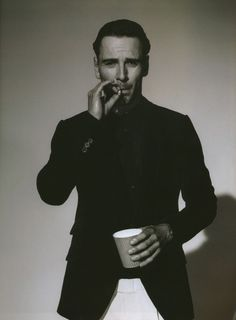 Michael Fassbender, coffee & a cigarette. Sounds like a good morning. #So_fresh.