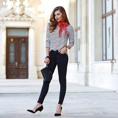 And this is how you do it.  f/: Glamhiver @larisacostea See More Style Inspiration at http://glamhive.com Download the iPhone App at: http://apple.co/1PYWhtu Shop every look you love in one quick click. Earn for shopping and for sharing.