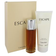 Juicy pinnacle notes of peach, melon and apricot combination flawlessly with the fascinating decrease notes of chamomile and tagetes to create a scent that without difficulty consists of you at some stage in your busy day. Introduced in 1991, Escape is appropriate for a day stuffed with workplace conferences or an afternoon out buying with friends. Calvin Klein Gifts, Calvin Klein Perfume, Gift Sets For Her, Gift Sets For Women, Donna Karan Cashmere Mist, Perfume Fahrenheit, Perfume Invictus, Perfume Gift Sets, Perfume Samples