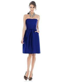 Un lindo azul para tus damas de honor