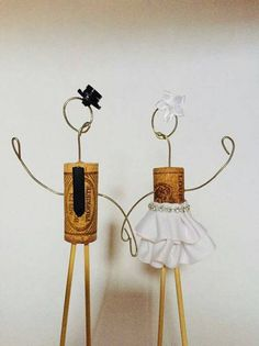 Classy Cake Toppers Decorations Cork Wire Weddings Rustic Theme Wine Bamboo Cake Topper Figure Figurines Bride and Groom Wedding Wedding Groom, Rustic Wedding, Unique Cake Toppers, Wedding Messages, Groom Ties, Unique Wedding Cakes, Rustic Theme, Hat Making, Wedding Decorations