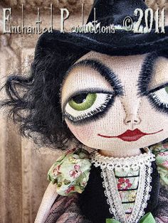 dark and silly, How does your garden grow? With skulls and bones, And ghostly moans, And poisonous plants all in a ro. Halloween Quilts, Halloween Doll, Halloween Projects, Cute Halloween, Halloween Witches, Halloween 2019, Witch Dolls, Dolls Dolls, Rag Dolls