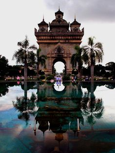 Patuxai in Vientiane, Laos. If planning a trip to this Asian paradise, don't miss Laotian art. Explore Laos' Best Art Galleries: From Luang Prabang to Vientiane at TheCultureTrip. Vientiane, Luang Prabang, Places Around The World, Travel Around The World, Places To Travel, Places To See, Travel Destinations, Beautiful World, Beautiful Places