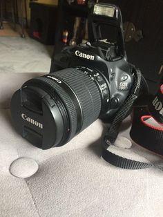 Canon eos 100D, avec objectif Canon 18-55Parfait pour les débutants et les amateurs de photo, petit gabarit et léger.