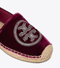 Visit Tory Burch to shop for Logo Chain Espadrille  and more Womens View All. Find designer shoes, handbags, clothing & more of this season's latest styles from designer Tory Burch.