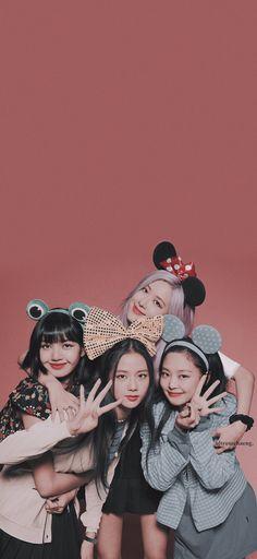 Blackpink Lisa, Jennie Blackpink, Kpop Girl Groups, Korean Girl Groups, Kpop Girls, Jung So Min, Blackpink Poster, Lisa Blackpink Wallpaper, Mode Kpop