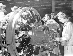 Radial Engine, P 47 Thunderbolt, Aircraft Engine, Modern History, Military Art, World War Two, Wwii, Cool Pictures, Ww2 Women