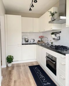 Kitchen Reno, Kitchen Layout, Home Decor Kitchen, Kitchen Remodel, Kitchen Design, Kitchen Cabinets, Popular Kitchen Colors, Home Decor Shelves, My First Apartment