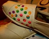 Polka dots on TOMS Shoes