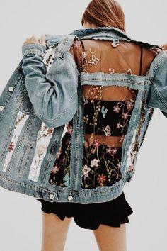 Moda 2019 tendencias primavera blusas for 2019 Denim Fashion, Fashion Outfits, Womens Fashion, Fashion Trends, Jackets Fashion, 90s Fashion, Hollywood Fashion, Modest Fashion, Fashion Clothes