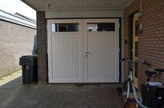 Van Straaten houten garagedeuren model Markelo - Houten garagedeuren - Van Straaten® Houten Deuren