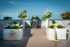 Tropical ceremony decor {INvita Wedding + Event Designers} #destinationweddings