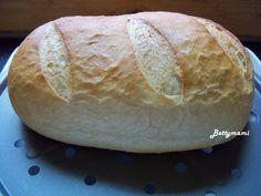 Viktoriánus tejkenyér – Betty hobbi konyhája Hobbit, Bread, Food, Eten, Bakeries, Meals, Breads, Diet