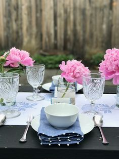 Tablescape for Sprin
