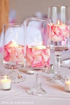 Using flower petals in your candle centerpiece. Yummicandles.com