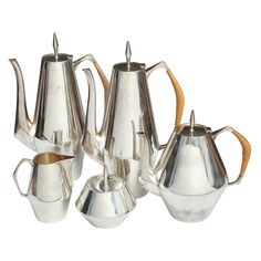 A Gio Ponti Diamond, Sterling Silver Coffee Set, Reed and Barton | From a unique collection of antique and modern tea sets at https://www.1stdibs.com/furniture/dining-entertaining/tea-sets/