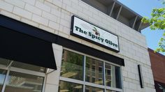 Austin Landing has something for everyone. Enjoy the restaurants, shopping, bookstore, pet store and more. For people who love cook check out the Spicy Olive. This store is filled with ingredients …