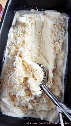 yummy cakes homemade how to make Weltbestes Kokos Eis (Triple Coconut Ice Cream) - Cinnamonamp; Ice Cream Desserts, Ice Cream Recipes, Healthy Dessert Recipes, Baby Food Recipes, Cake Recipes, Dinner Recipes, Coconut Ice Cream, Homemade Baby Foods, Oreo Dessert