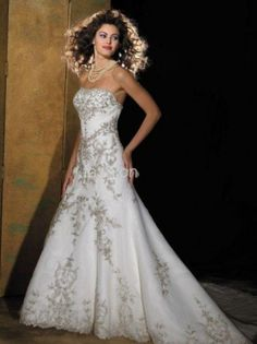 Model: : Allure Bridals 8470  SKU#: 001-0007-0002368