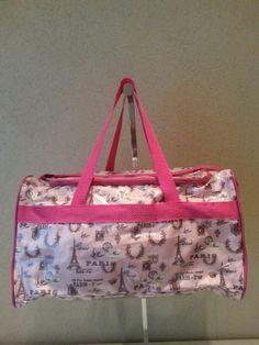 Bolso en cordura, forrado con cristal Diaper Bag, Bags, Backpacks, Crystals, Style, Handbags, Diaper Bags, Mothers Bag, Bag