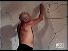 Thrilling, rare footage of Picasso drawing. Fluid genius. ++