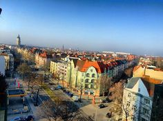 #springtime #springweather #frühlingsgefühle #weather #blusky #inthemorning #penthouseview #berlin #berlinstagram #berlinsteglitz #berlinschöneberg #berlino #ausblick #view #schöneswetter