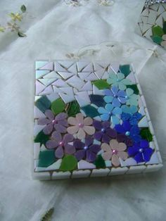 ❤ Mosaic Tray, Mosaic Tile Art, Mosaic Pots, Mirror Mosaic, Mosaic Crafts, Mosaic Projects, Mosaic Glass, Mosaic Flowers, Stained Glass Flowers