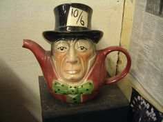 the hatter tea pot