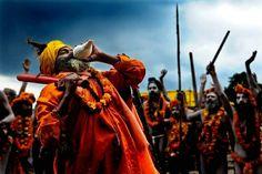 Kumbh Mela is the most significant religious congregation for Hindus across the country.   Here is what it looks like!   #India #KumbhMela #Ganga #Haridwar #UttarPradesh #FairofIndia #travel #trip #tour #yolo #usa #UCLA