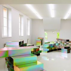The new 'National Centre for Contemporary Art' by French architects Philippe Bona and Elisabeth Lemercier in Chatou, France. Interior And Exterior, Interior Design, Exhibition Display, Design Poster, Recycled Furniture, Art Store, Retail Design, Installation Art, Art Installations