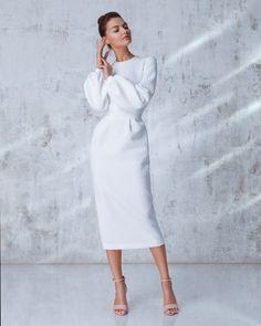 Ideas modest fashion christian style for 2019 Fashion Mode, Modest Fashion, Look Fashion, Autumn Fashion, Fashion Dresses, Womens Fashion, Fashion Trends, Apostolic Fashion, Fashion Tips