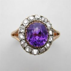 A VICTORIAN AMETHYST AND DIAMOND RING