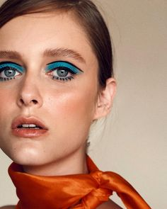 1960s Makeup, Retro Makeup, Edgy Makeup, Eye Makeup Art, Blue Makeup, Beauty Makeup, Hair Makeup, Glam Rock Makeup, Twiggy Makeup