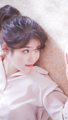IU /She is soooo goddamn pretty Korean Actresses, Korean Actors, Korean Beauty, Asian Beauty, Korean Girl, Asian Girl, Iu Twitter, Art Anime, Iu Fashion
