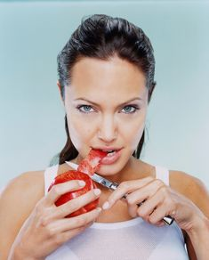 collections-of-angelina-jolie-by-martin-schoeller-13