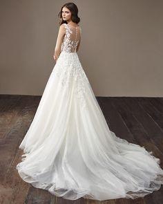 #casamentoscombr #casamentos #casamentosbrasil #wedding #bride #noivas #vestidodenoiva #noiva #modanupcial